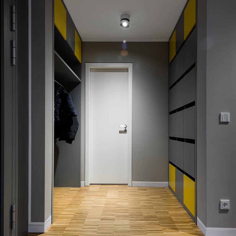 Küche und Entree: Innenausbau by HOLZFORMART